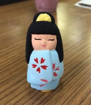 ヒヤが絵付けをした博多人形